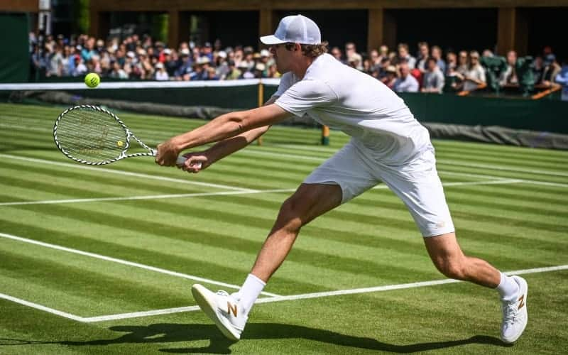 Why Do Tennis Players Wear White? – My